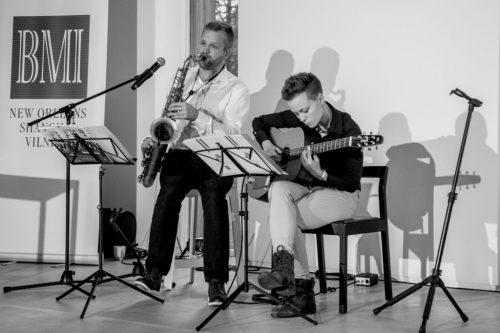 """""""Moonrise"""" Duetas – Gyva Jazz/bossa Nova Muzika JŪSŲ RENGINIUI"""