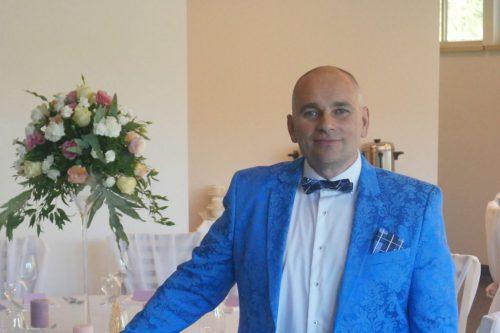 Profesionalus, UŽSIENIO KALBOMIS ,renginių vedėjas-aktorius