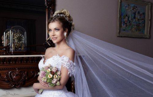 R. Bugenienės vestuvinės ir šventinės suknelės