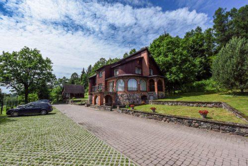 KIRKŠNOVĖ, svečių namelis ,,Birutės vila