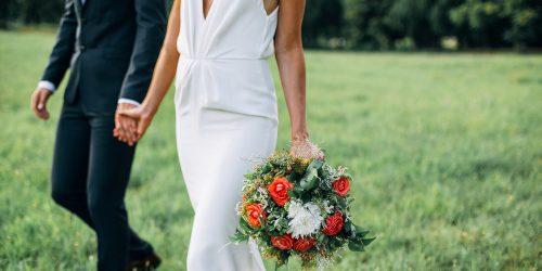 """Vestuvių šventės organizavimas ir """"Apvalaus stalo klubas"""" viešbutis Trakuose"""