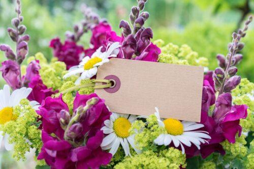 4 praktiški patarimai, kaip išrinkti tinkamą gėlių puokštę gimtadieniui